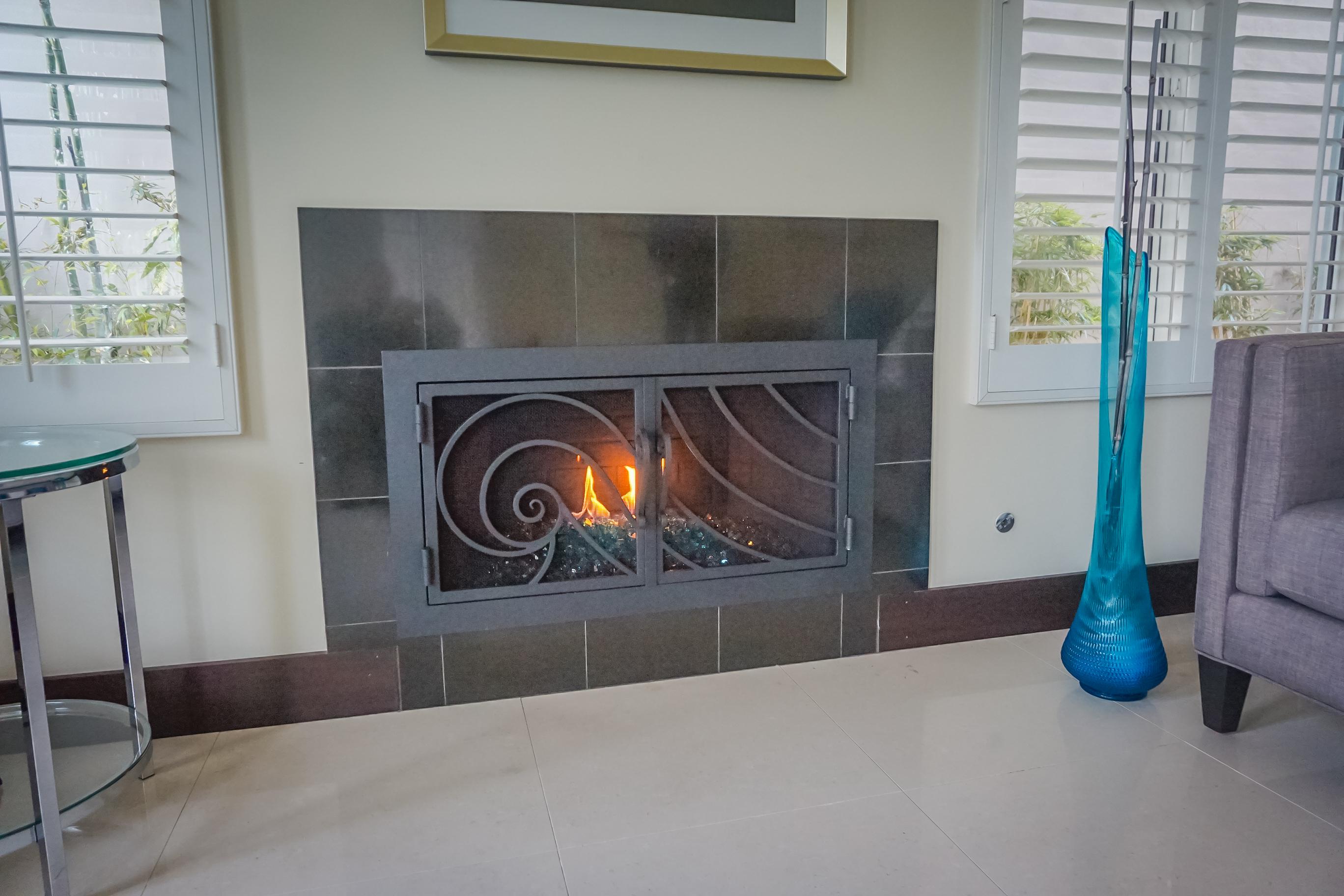 gallery 1 fireplace door guy