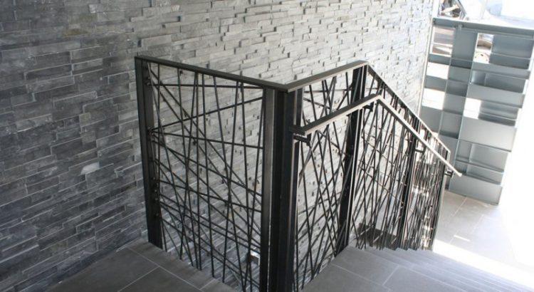 contemporary_wrought_iron_railing